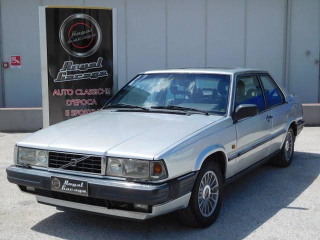 Volvo 780 Bertone