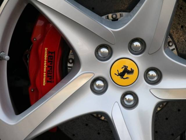 For Sale: Ferrari FF (2012) offered for GBP 143,371