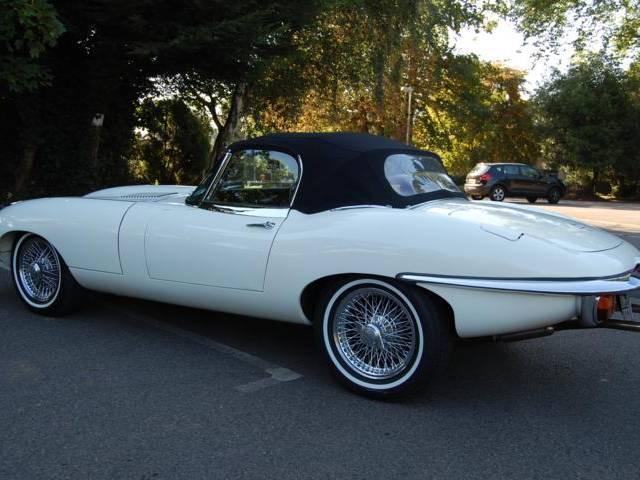 jaguar e type d 39 occasion de 1970 1 241 km 135 845. Black Bedroom Furniture Sets. Home Design Ideas