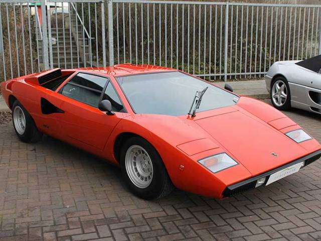 annonce lamborghini countach d 39 occasion de 1975 19 012 km. Black Bedroom Furniture Sets. Home Design Ideas