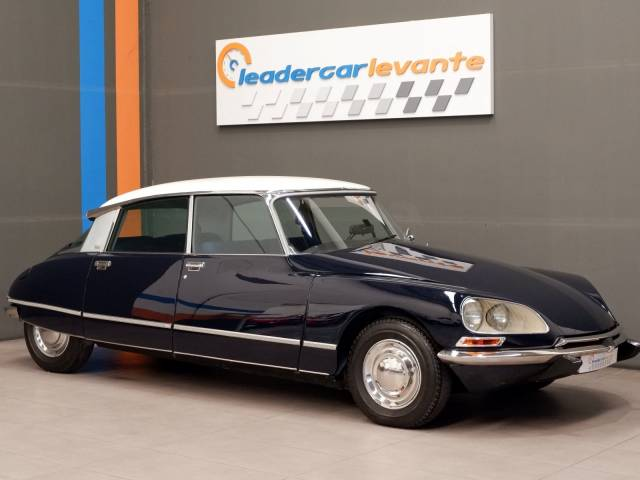 Citroën DS 23 Pallas