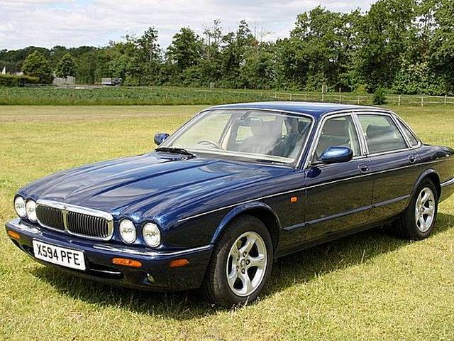 For Sale Jaguar Xj 8 4 0 Executive 2000 Offered For Gbp