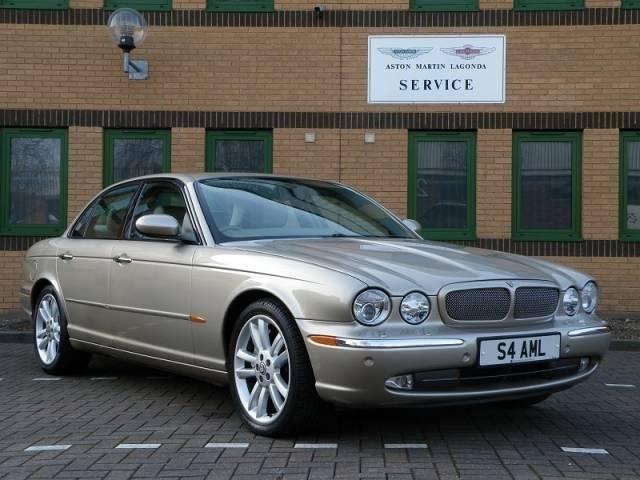 for sale jaguar xjr 4 0 2003 offered for aud 21 480. Black Bedroom Furniture Sets. Home Design Ideas