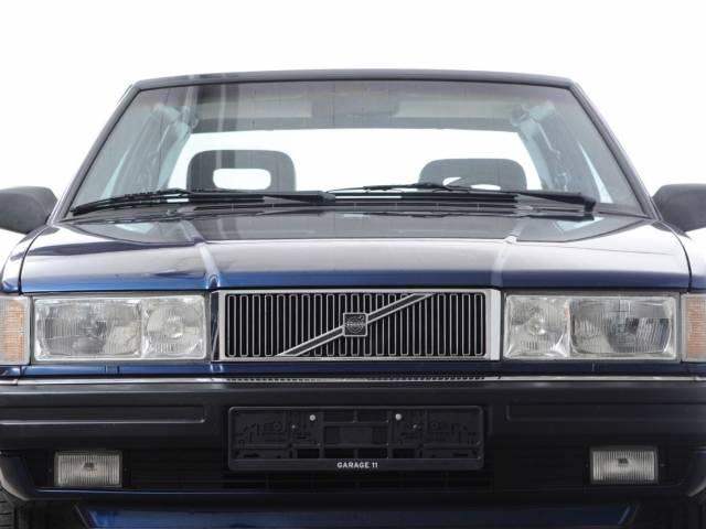 Volvo 780 Bertone 2.8 V6