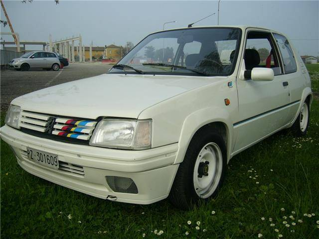 used peugeot 205 of 1988 140 000 km at 7 000. Black Bedroom Furniture Sets. Home Design Ideas