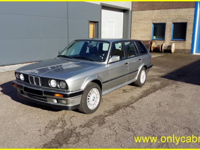 For Sale: BMW 325ix Touring (1988) offered for GBP 24,914