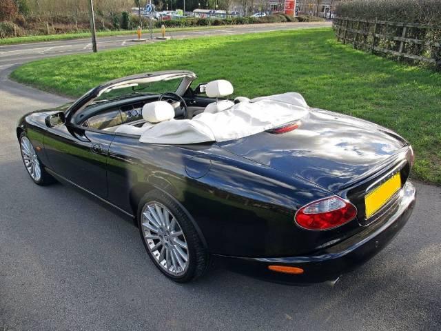 jaguar xk d 39 occasion de 2005 52 000 km 21 693. Black Bedroom Furniture Sets. Home Design Ideas