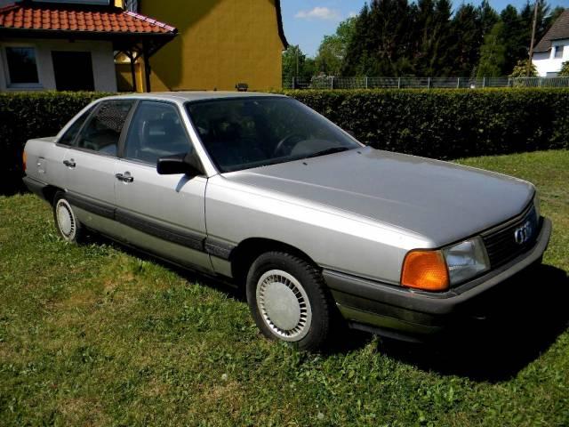 Audi 100 - 1.8