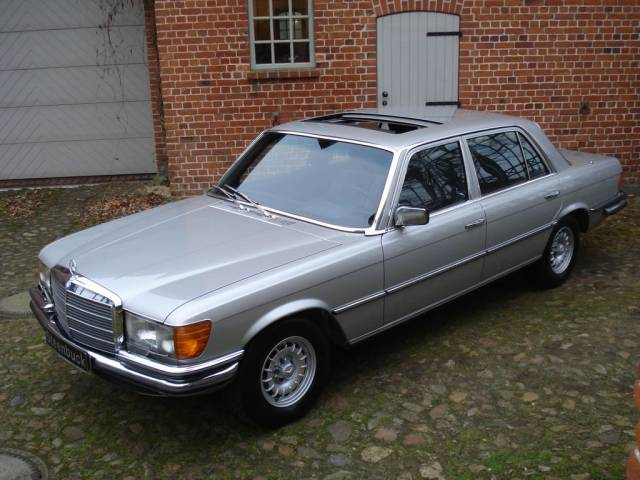 Image gallery 6 9 benz 4 sale for Mercedes benz used nj