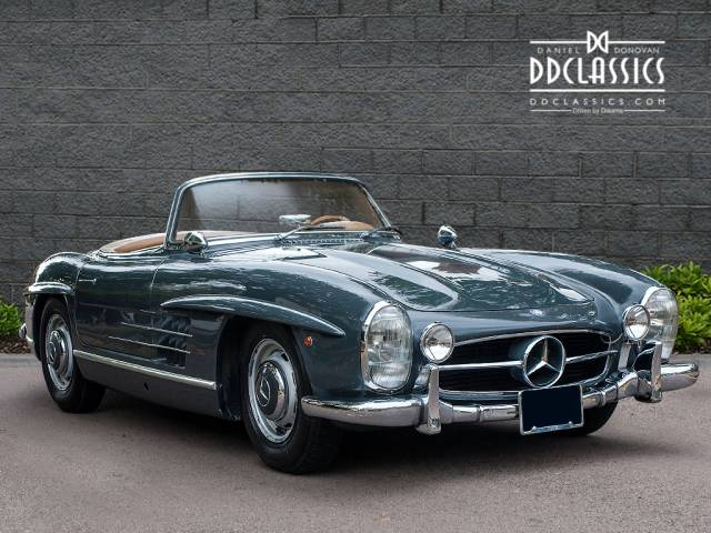mercedes benz 300 sl roadster 1962 for sale classic trader. Black Bedroom Furniture Sets. Home Design Ideas