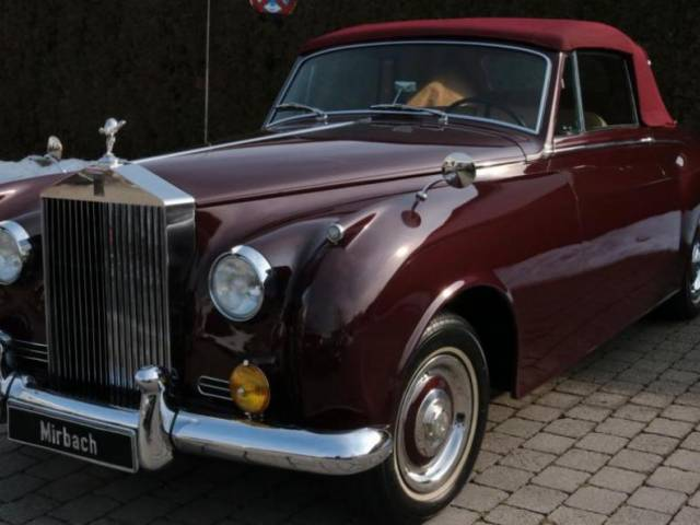 Rolls-Royce Silver Cloud I James Young