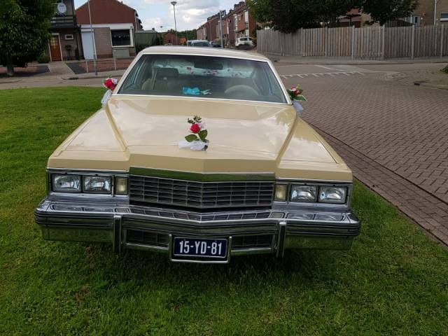 Cadillac Coupe DeVille - Voorkant