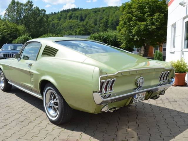 ford mustang gt 1967 f r chf 77 39 173 kaufen. Black Bedroom Furniture Sets. Home Design Ideas