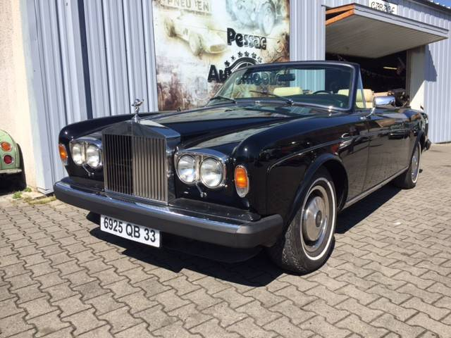 rolls royce corniche d 39 occasion de 1979 76 000 km 59 900. Black Bedroom Furniture Sets. Home Design Ideas