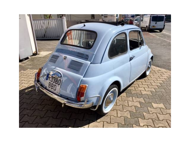 fiat 500 d 39 occasion de 1968 19 500 km 9 900. Black Bedroom Furniture Sets. Home Design Ideas