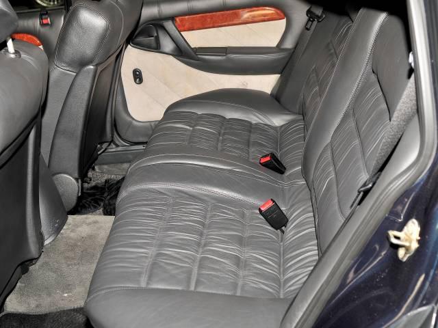 for sale lotus carlton 1991 offered for gbp 40 104. Black Bedroom Furniture Sets. Home Design Ideas
