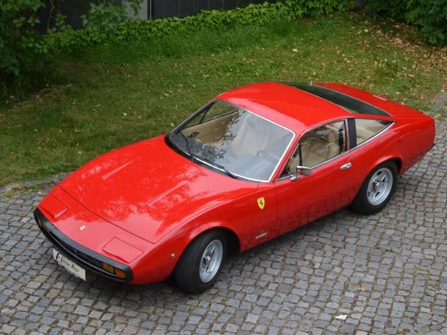 Ferrari 365 GTC/4